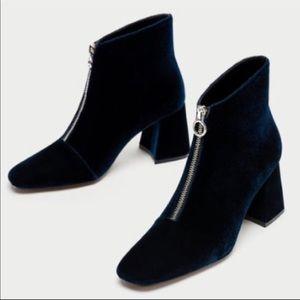 NWT Zara Blue Block velvet boot heel  38 7.5